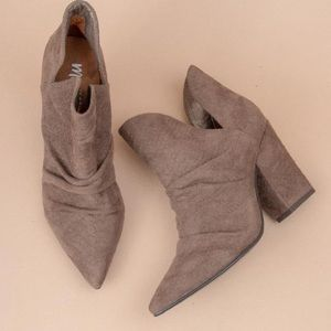 Mi.iM Shoes | Kendell Pointed Toe Snakeskin Bootie